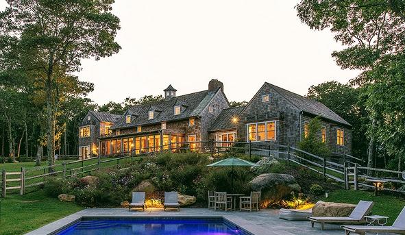 Outside-Pool-house-dusk